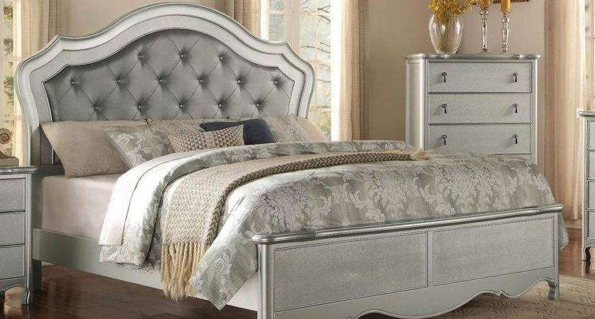 Glamorous Champagne Finish Button Tufted Queen Bed Bedroom