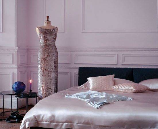 Glamorous Pink Bedroom Decorating