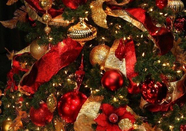Gold Red Christmas Decorations Designcorner