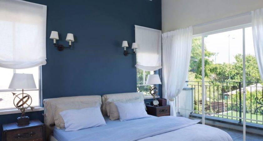 Gorgeous Villa Israel Showcases Well Traveled Look