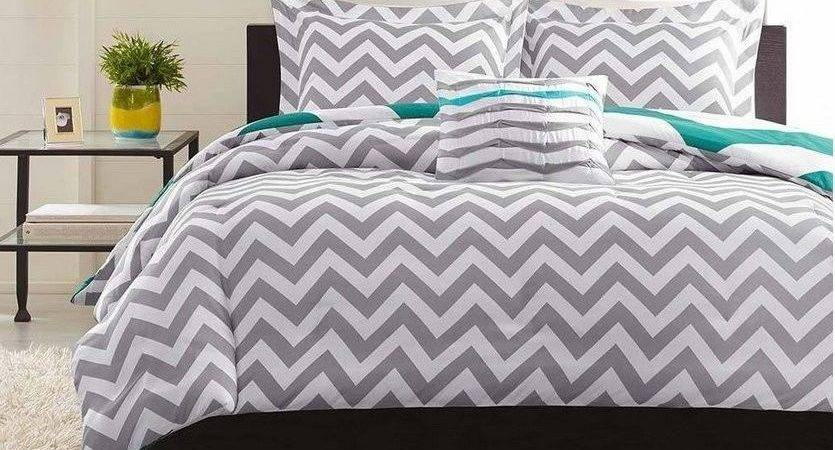 Grey White Chevron Piece King Comforter Set Zigzag