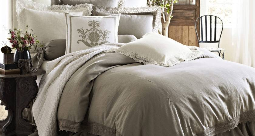 High End Linens Exhibiting Luxurious Vibes Your Bedroom