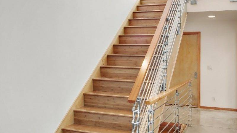 Home Design Wooden Stairs Minimalist Rails White Wall