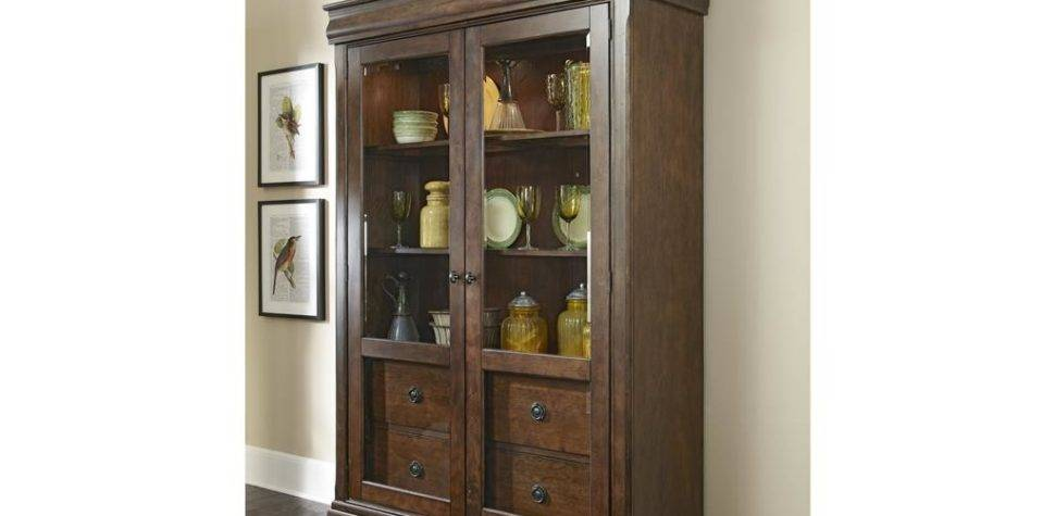 Homestead Collection Dining Room Display Cabinet