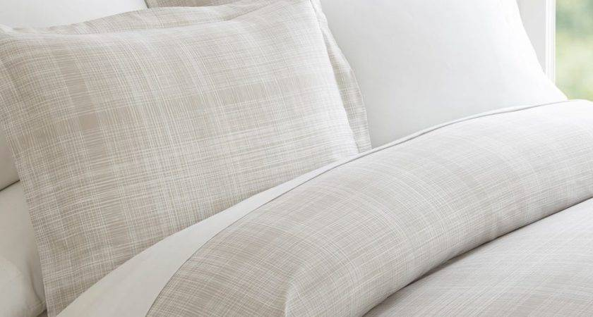 Hotel Quality Piece Thatch Patterned Duvet Cover Set