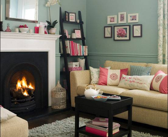 Key Interiors Shinay English Country Living Room