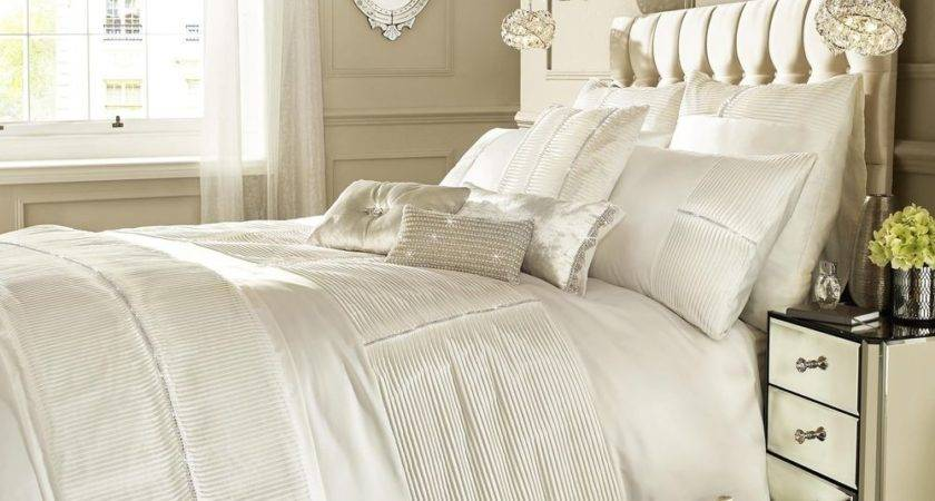 Kylie Minogue Bedding Eleanora Oyster Cream Duvet Quilt