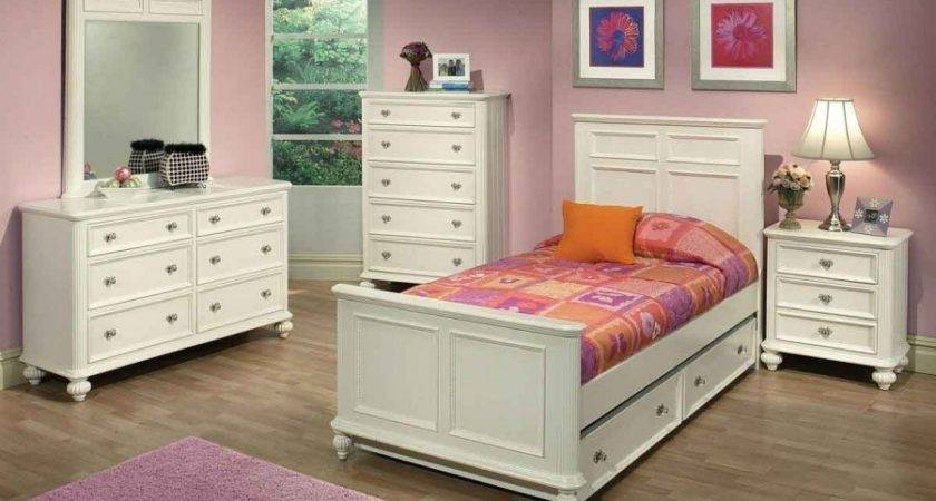 Ladies Bedroom Furniture