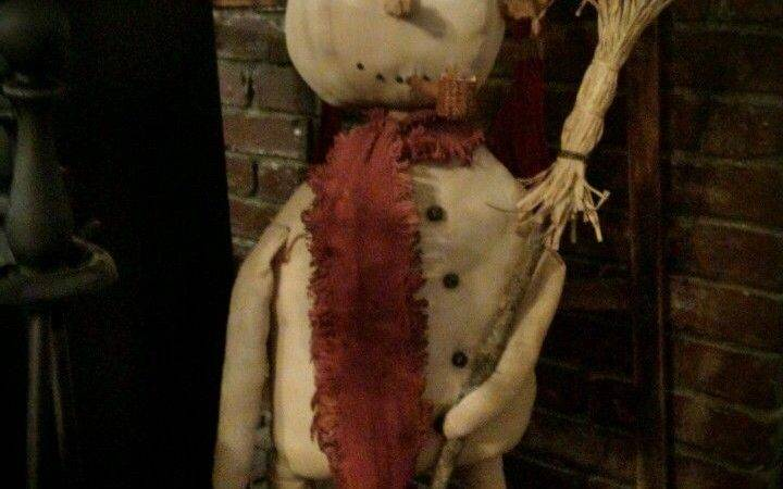Large Primitive Standing Snowman Porch Greeter Winter