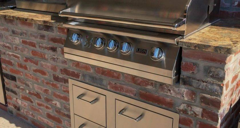 Lion Inch Stainless Steel Built Natural Gas Grill