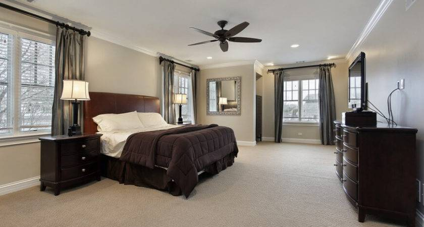 Luxurious Bedrooms Complete Flatscreen Televisions