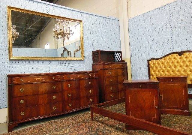 Mahogany Bedroom Set Lot