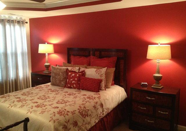 Master Bedroom Accent Wall Traditional