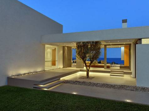 Modern Greek House Architecture