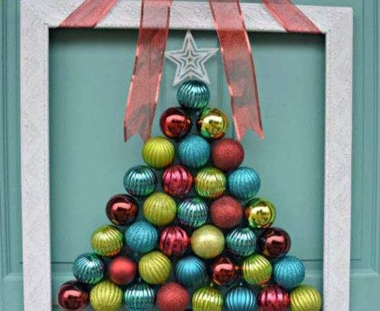 Most Loved Christmas Door Decorations Ideas Pinterest