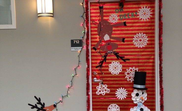 New Year Door Decoration Ideas Techniques
