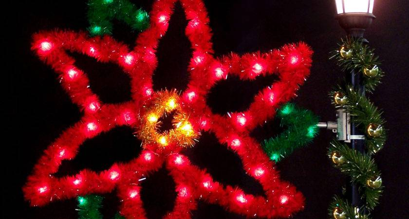 Outdoor Christmas Decorations Poinsettia Garland