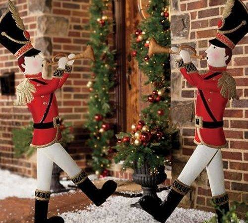 Outdoor Holiday Metal Toy Soldiers Door Christmas Lawn