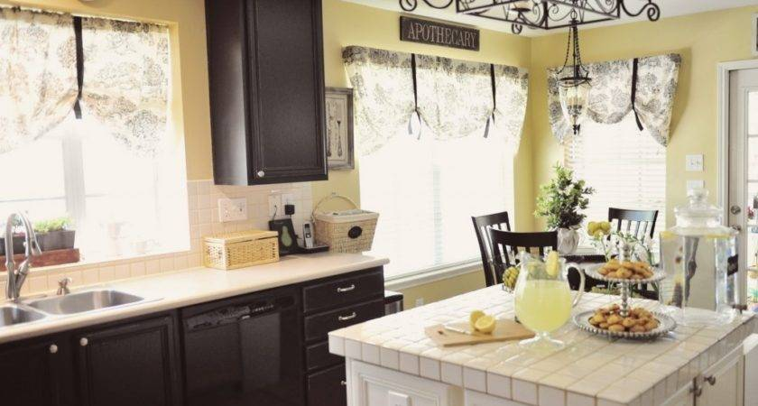 Paint Colors Kitchen Cabinets Black White