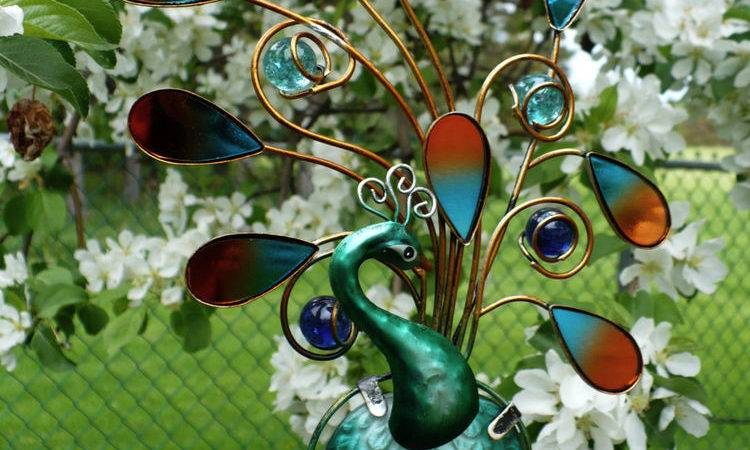 Peacock Iron Painted Glass Wind Chime Garden Yard
