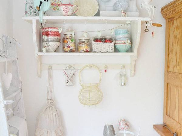 Perfect Pastel Property Decor Craft Suggestions