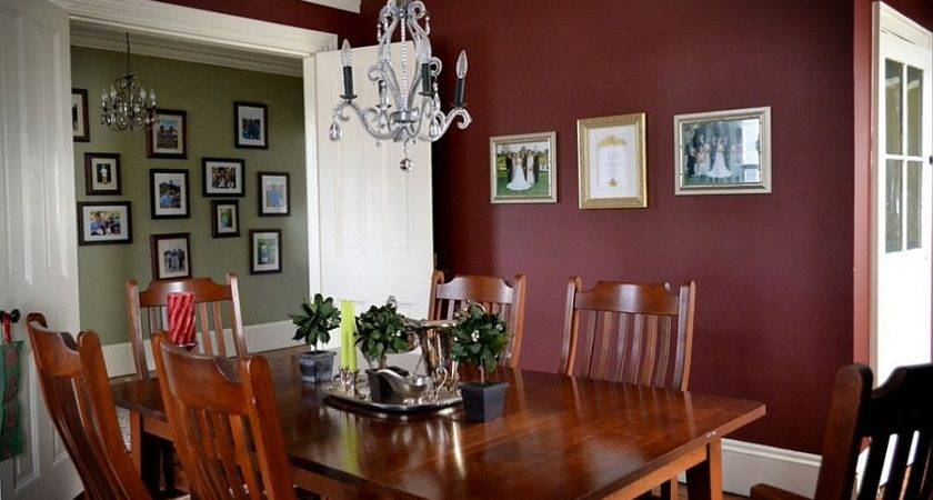 Red Green Dining Rooms Holidays Beyond