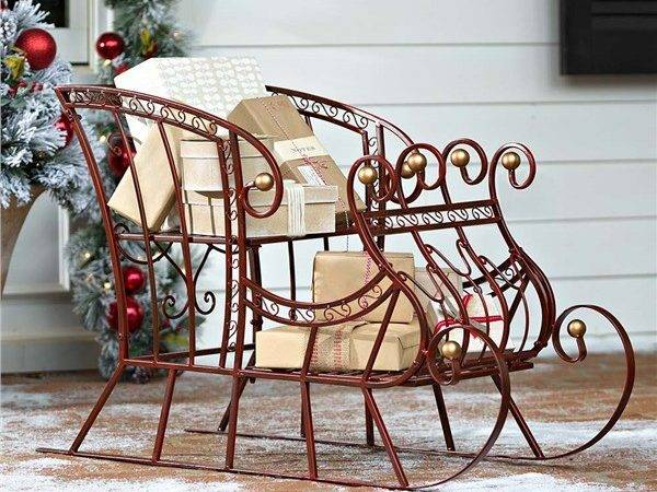 Red Metal Holiday Sleigh Outdoor Decorations