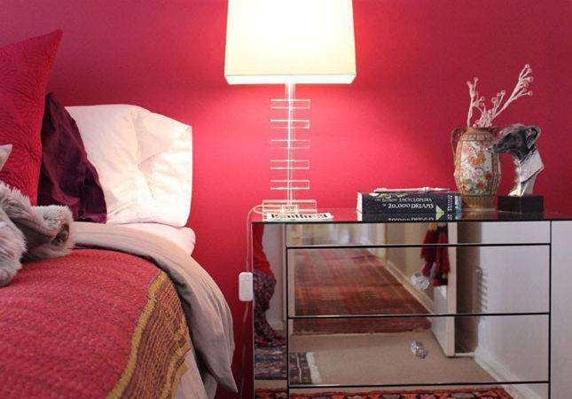 Red Wall Bedrooms Make Swoon Brit