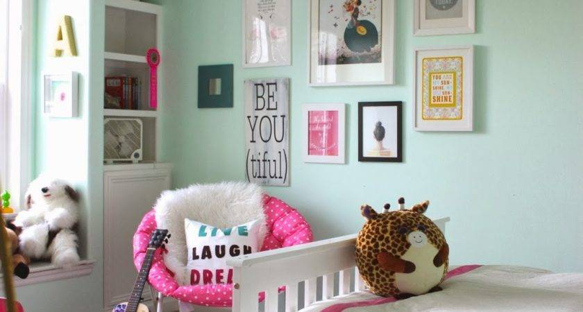 Room Fit Tween Forever Cottage