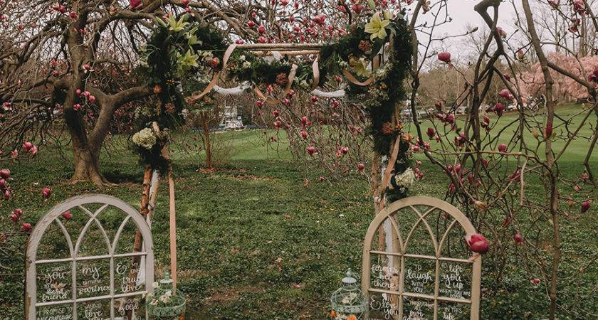 Rustic Charm Meets Vintage Chic Wedding Planning