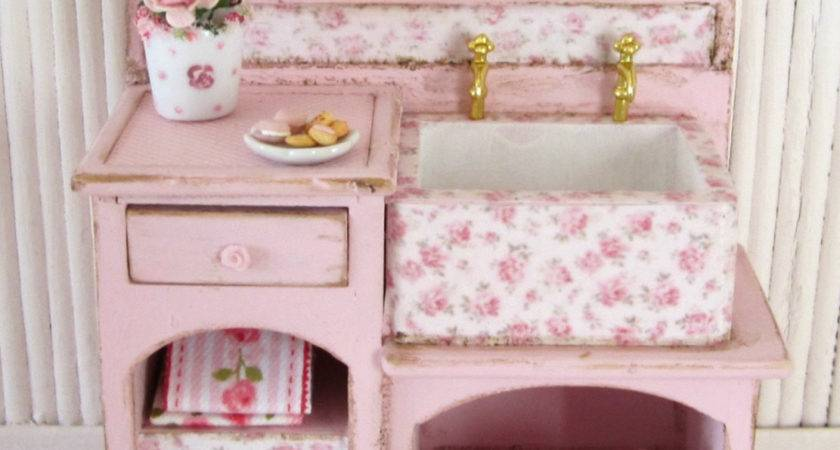 Shabby Chic Furniture Scale