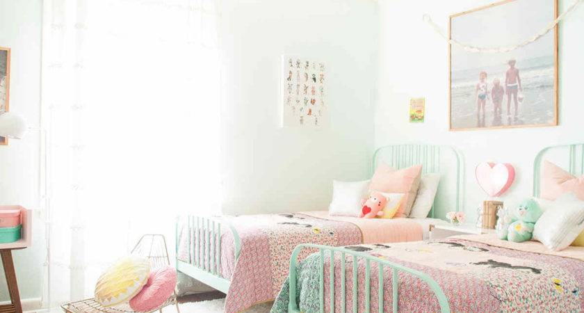 Shared Girl Bedroom Decorating Ideas Make Love