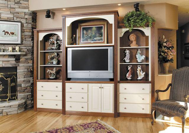 Showplace Cabinets Room Traditional