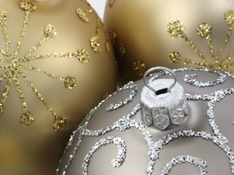Silver Gold Ornament Balls Christmas Crafts Ideas