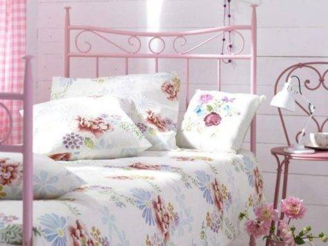 Small Bedroom Ideas Teenage Using Shabby Chic