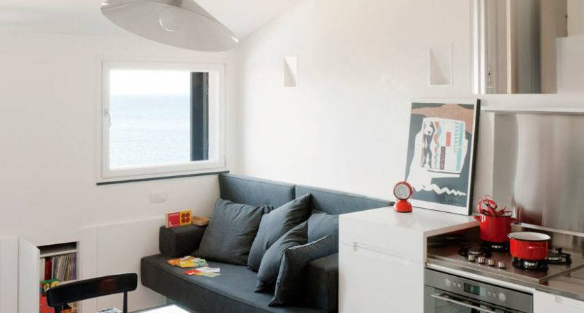 Small Modern Attic Apartment Harbour