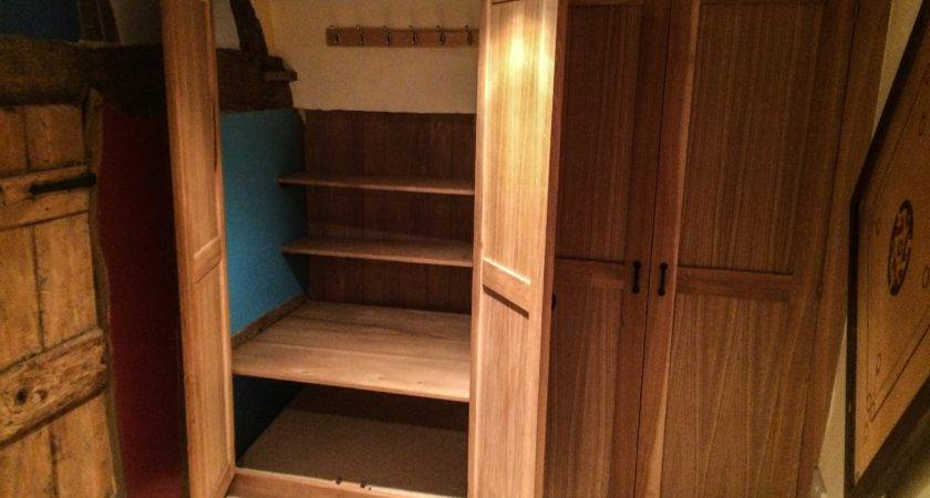 Solid Wood Fitted Wardrobes