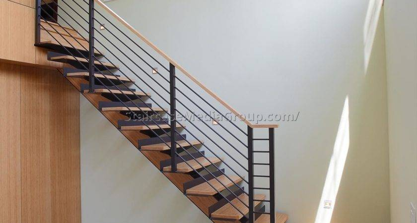 Staircase Landing Decorating Ideas Best