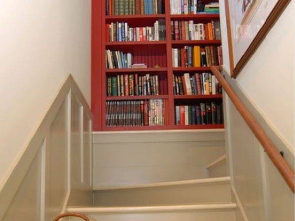 Staircase Landings Featuring Creative Space