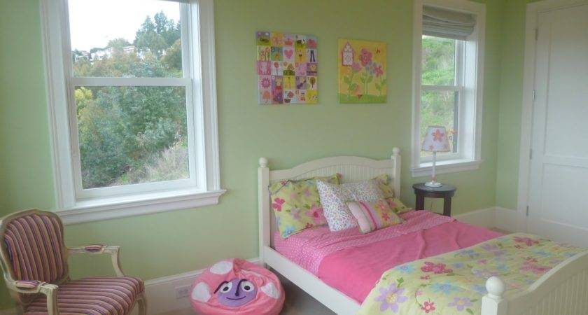 Stay Home Ista Little Girl Butterfly Bedroom