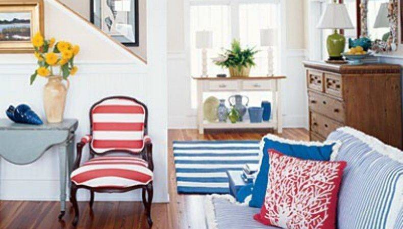 Style Starboard Round Coastal Rooms Nautical Touches