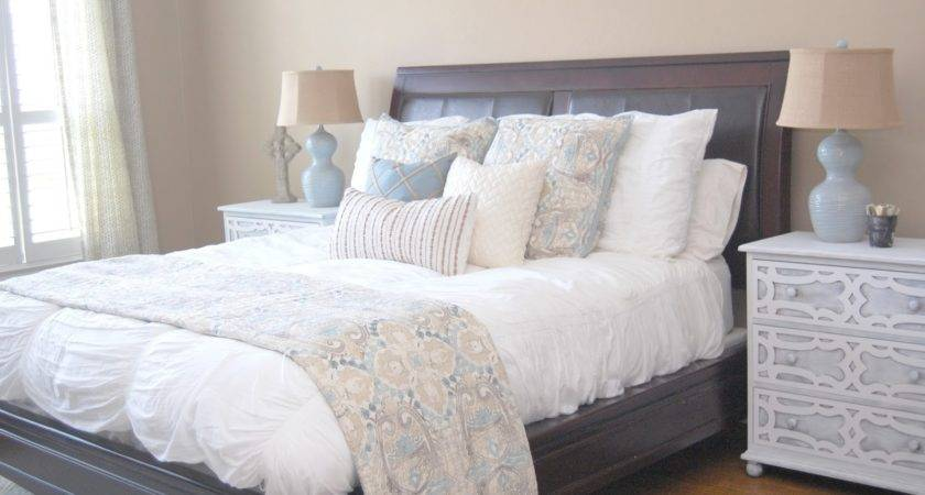 Style Wisdom Relaxing Blue White Master Bedroom