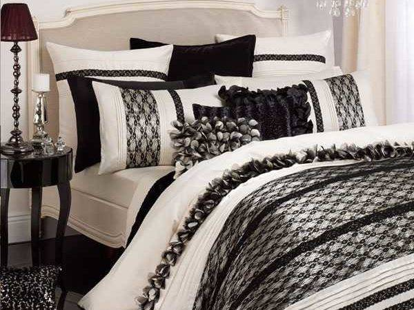 Textured Bedding Sets Add Flare Charm Bedroom