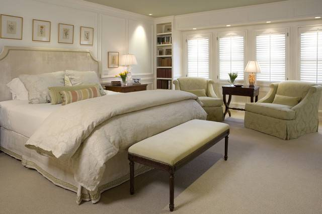 Traditional Master Bedroom San