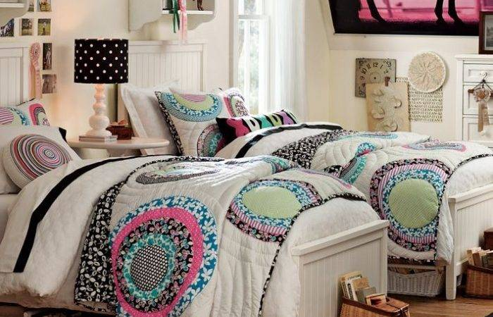 Twin Girls Bedroom Easy Home Decorating Ideas