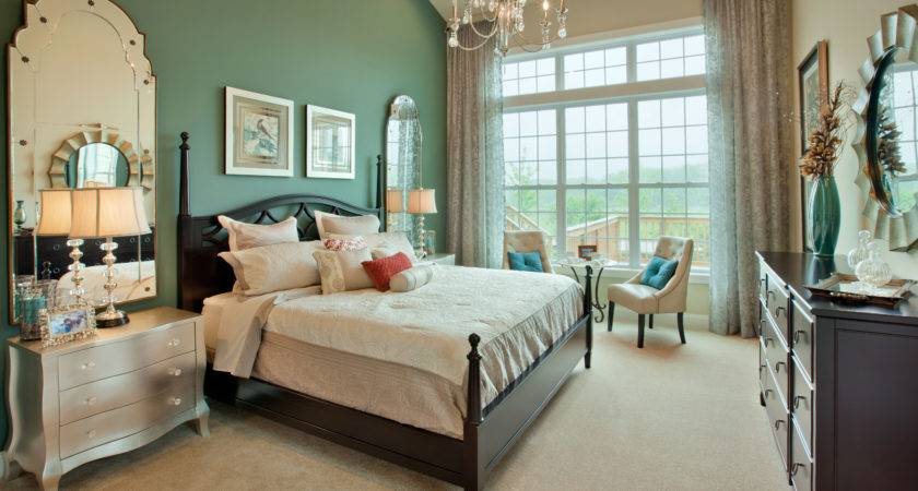 Two Tone Bedroom Wall Color Using Brown White Themes