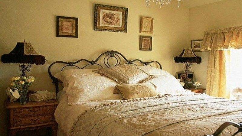Vintage Decor Bedroom Country Decorating