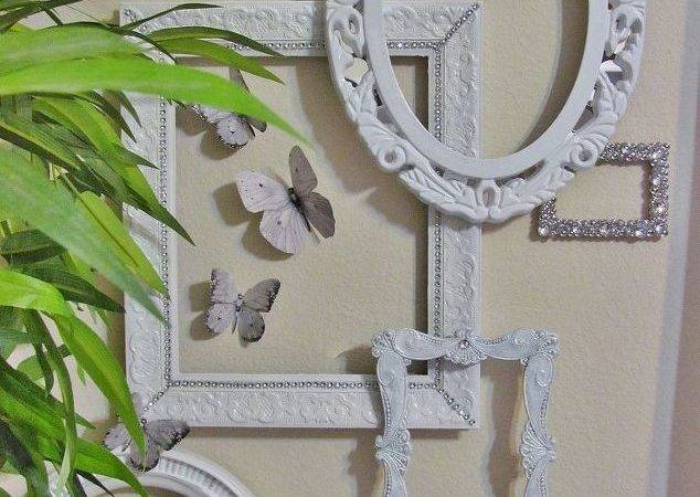 Wall Small White Silver Cor