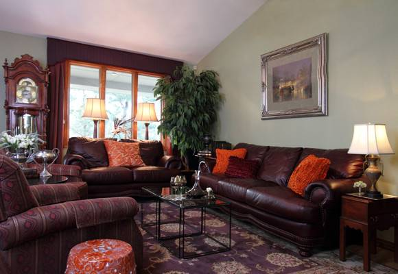 Warm Inviting Living Rooms Peenmedia