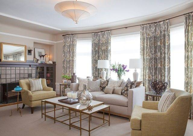 Warm Light Sophisticated Living Room Traditional
